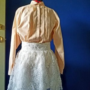 Floral Embroidered Peter Pan Collar Peach Blouse L